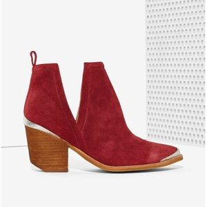 """Jeffrey Campbell """"Cromwell"""" Booties!!"""